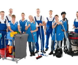 Serviço de limpeza em condomínios deve ser terceirizado