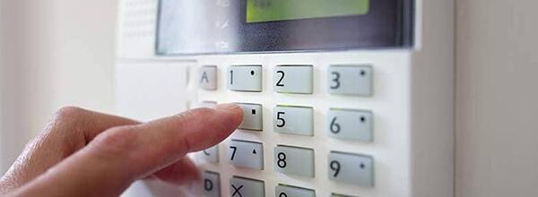 Monitoramento eletrônico de alarmes evita incômodos