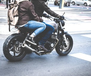 Criminosos com moto: redobre a atenção!