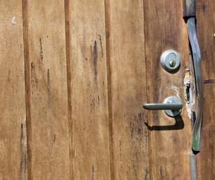 Casa assaltada: e agora, o que fazer?